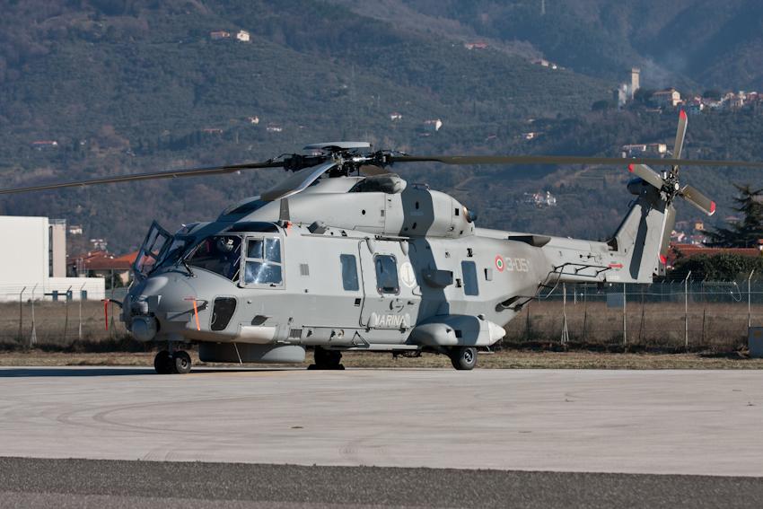 Elicottero 90 : Il sh a in servizio con la marina militare italiana